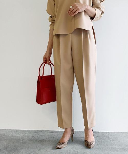 ROPE' mademoiselle(ロペマドモアゼル)の「【セットアップ対応】ウォッシャブルセンタープレスパンツ(パンツ)」|ベージュ