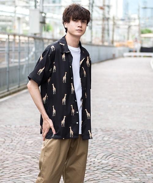 UP START(アップスタート)の「キリン総柄ルーズシルエットオープンカラーシャツ(シャツ/ブラウス)」|ブラック