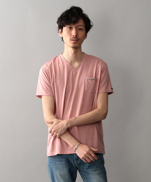 LOVELESS(ラブレス)の「【LOVELESS】スタッズVネックTシャツ(Tシャツ/カットソー)」 ピンク系その他