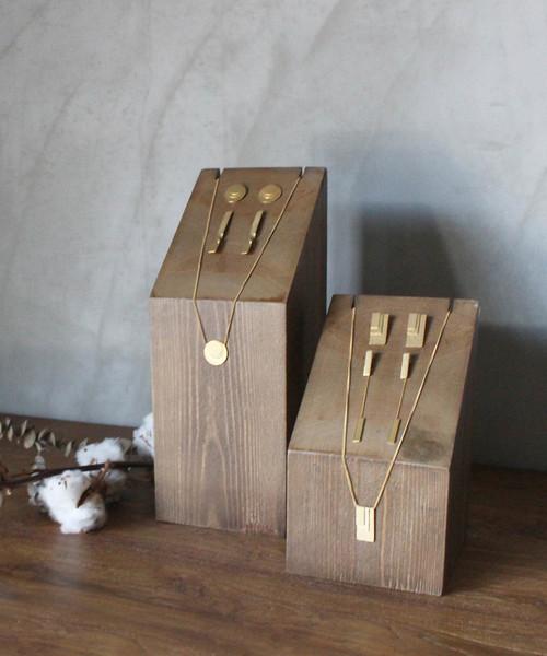 contra bo nepre(コントラ ボ ネプレ )の「wood display block M / アクセサリーウッドディスプレイブロック(インテリア雑貨)」|ブラウン