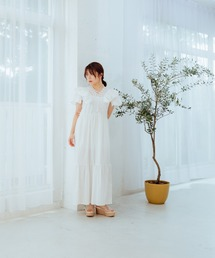 frill lace one-pieceホワイト
