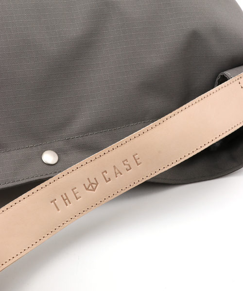 THE CASE/KATATE LIGHT TOTE