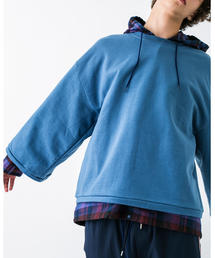<PRE_> WIDE CROPPED SWEAT CN/スウェット