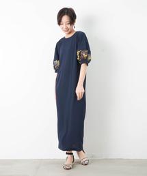 malla(マーラ)のmalla マーラ 袖フラワー刺繍ワンピース(ワンピース)