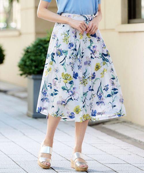 Perle Peche(ペルルペッシュ)の「eclat フラワープリントスカート(スカート)」 ブルー系その他2