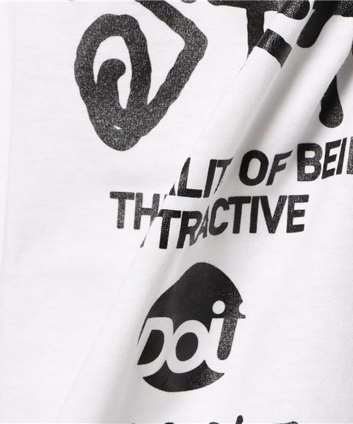 DS WORLD Tシャツ