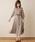 natural couture(ナチュラルクチュール)の「配色ニットプリーツワンピース(ワンピース)」 グレイッシュベージュ