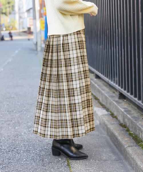 LOWRYS FARM(ローリーズファーム)の「タータンチェックプリーツスカート 821534(スカート)」 ベージュ