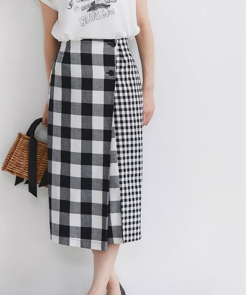 &. NOSTALGIA(アンドドットノスタルジア)の「リネン混ブロックチェックラップタイトスカート(スカート)」|ブラック