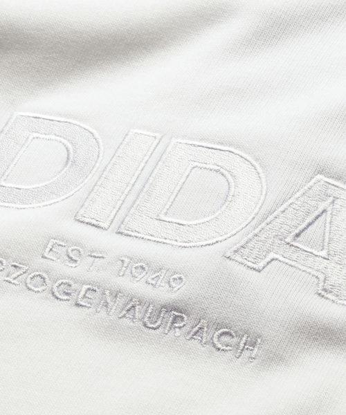 〈adidas〉ブロックロゴプルオバ