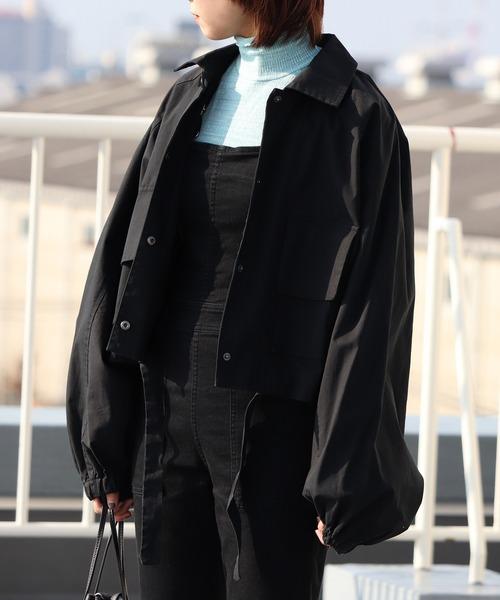 emesuelee(エメスーリー)の「ラグラン スリーブ ショート丈 BIGシルエット ジャケット(カバーオール)」|ブラック