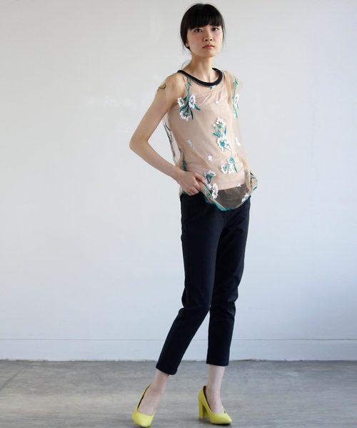 刺繍レースTシャツ