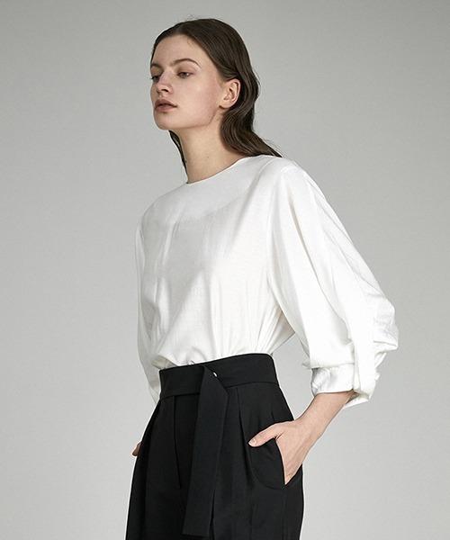 【UNSPOKEN】Loll sleeve blouse UX21S074