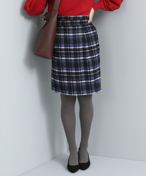 ViS(ビス)の「シャギーチェックタックスカート(スカート)」|ネイビー