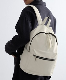 BASIC NEOLEATHER BACKPACK/PUレザーバッグパックアイボリー