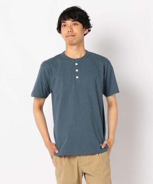 FREDY MAC(フレディーマック)の「ヘンリーネックワッペンTシャツ(Tシャツ/カットソー)」 インディゴブルー