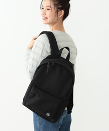 B:MING by BEAMS(ビーミングバイビームス)のHerschel Supply × ビーミング by ビームス / 別注 CLASSIC MID 19AW-R(バックパック/リュック)