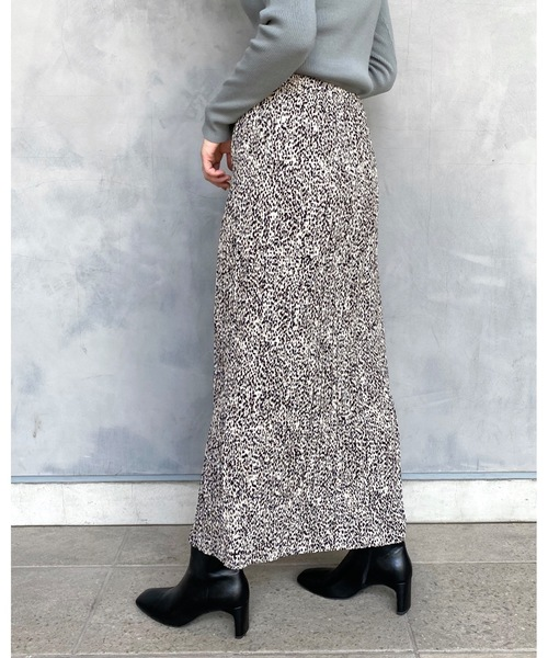 apart by lowrys(アパートバイローリーズ)の「【店舗限定】ヘンケイドットホソプリーツスカート  916735(スカート)」 詳細画像