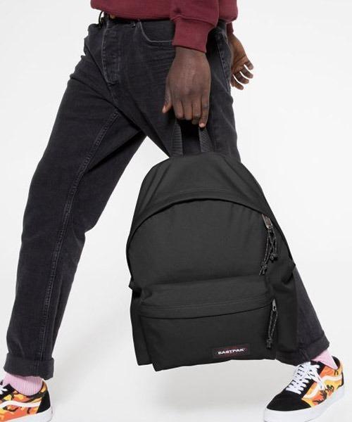 EASTPAK(イーストパック )の「PADDED PAK'R CORE COLORS パデッドパッカー  デイパック(バックパック/リュック)」|ブラック