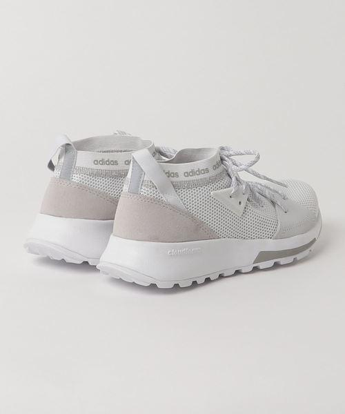 〈adidas〉クエッサスニーカー
