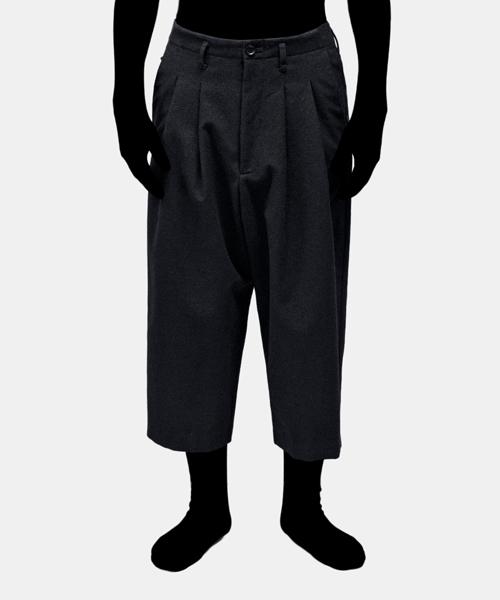入荷中 【VOAAOV &】 wool cotton cropped cropped pants(パンツ) アンド VOAAOV(ヴォアーブ)のファッション通販, カーメイト 公式オンラインストア:6858a34f --- steuergraefe.de