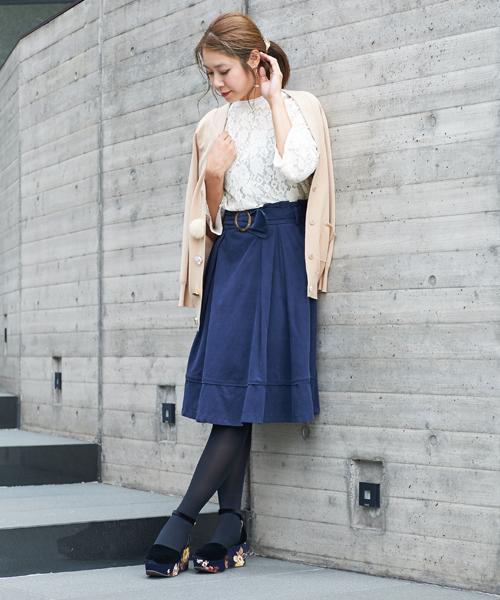 ベルトツキカラースカート