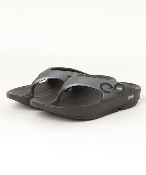 OOFOS(ウーフォス)の「OOFOS/ ウーフォス リカバリーサンダル スポーツサンダル 5020030(サンダル)」|ブラック×グレー