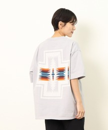 GO OUT 2021年 5月号p.56掲載 【 PENDLETON / ペンドルトン 】 PENDLETON UNISEX Back Print Tee / バックプリント ポケット半袖 Tシャツ ポケTグレー