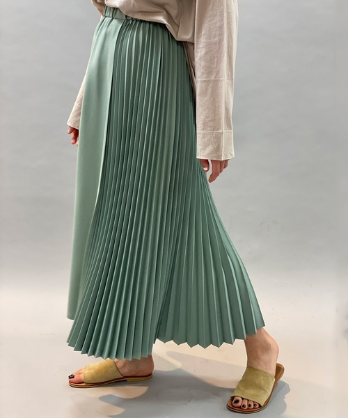 Munich(ミューニック)の「ポリエステルツイルプリーツロングスカート(スカート)」|ライトグリーン