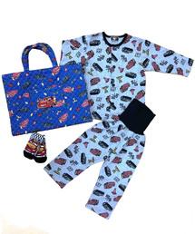 ボーイズ(ボーイズ)の「【ベビーザらス限定】 カーズ パジャマ&ソックス ラッキーバッグ(福袋/福箱)」