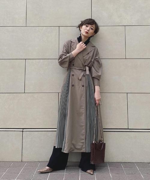 yukichi.(ユキチ)の「accordion trench one-piece coat【yukichi.】(トレンチコート)」 オリーブ