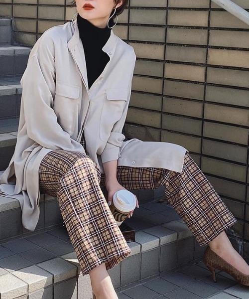 Aunt Marie's(アントマリーズ)の「deep slit long shirt 【yukichi.】(シャツ/ブラウス)」|ベージュ