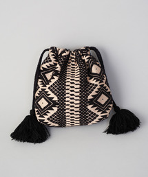 COLONY 2139(コロニー トゥーワンスリーナイン)のジャガード巾着(ハンドバッグ)