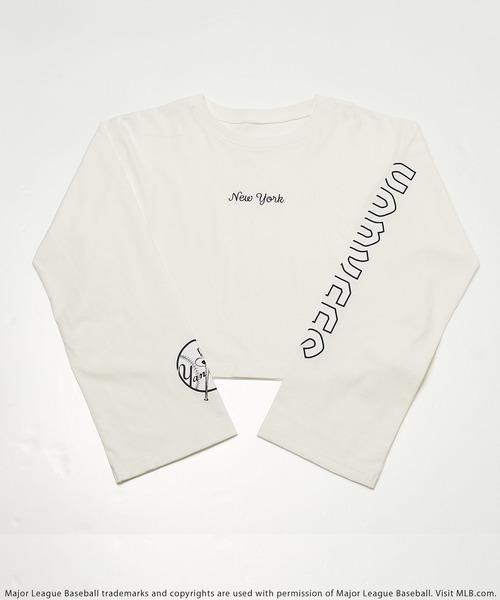 【MLB】スリーブロゴショート丈Tシャツ