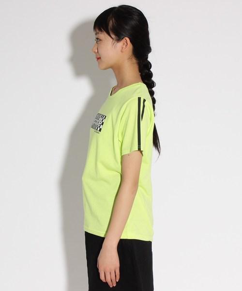 袖ラインチェッカーロゴ Tシャツ