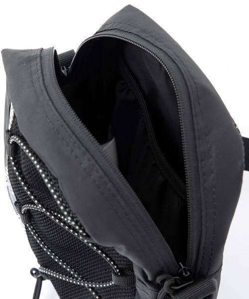 ZIP LOGO SHOULDER BAG