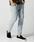 wjk(ダヴルジェイケイ)の「tight knit-denim pants OW(デニムパンツ)」|ライトインディゴブルー