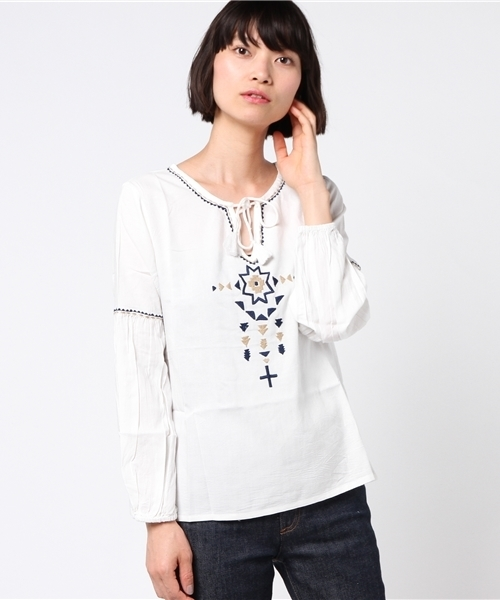 【Kahiko】ジオメ刺繍ブラウス