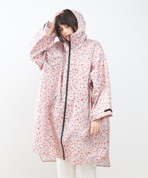 KiU(キウ)の「【KiU×collex】袖付ポンチョ(レインコート/ポンチョ)」|ベージュ