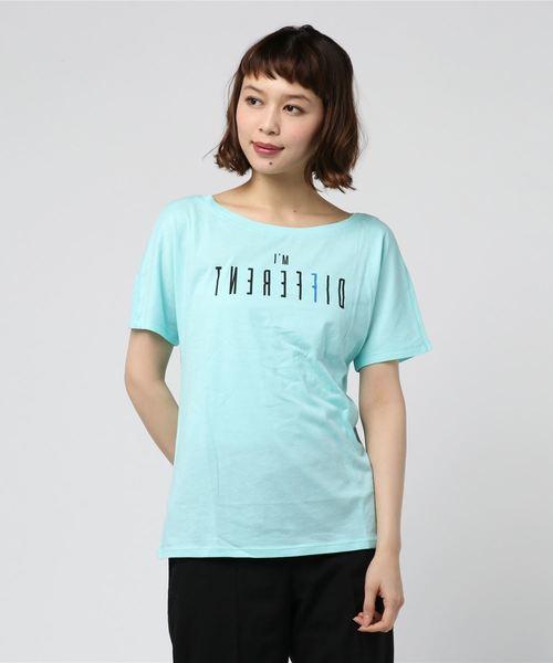BENETTON (UNITED COLORS OF BENETTON)(ベネトンユナイテッドカラーズオブベネトン)の「文字プリントTシャツ?カットソー(Tシャツ/カットソー)」|ブルー系その他