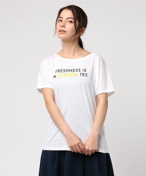 BENETTON (UNITED COLORS OF BENETTON)(ベネトンユナイテッドカラーズオブベネトン)の「文字プリントTシャツ?カットソー(Tシャツ/カットソー)」|ホワイト