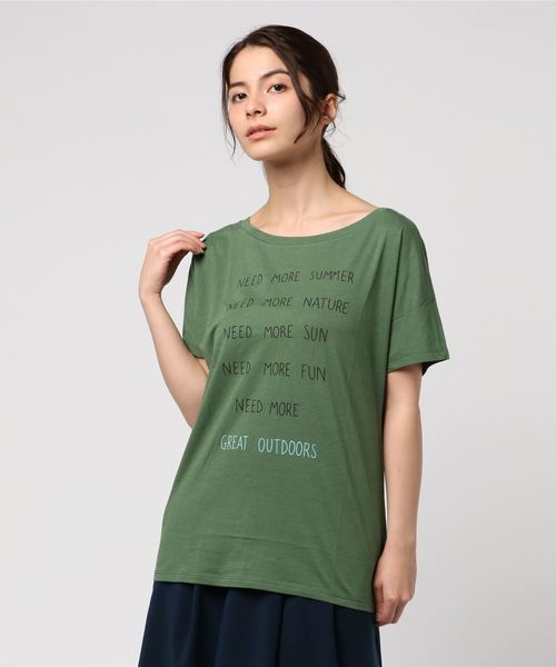 BENETTON (UNITED COLORS OF BENETTON)(ベネトンユナイテッドカラーズオブベネトン)の「文字プリントTシャツ?カットソー(Tシャツ/カットソー)」|カーキ