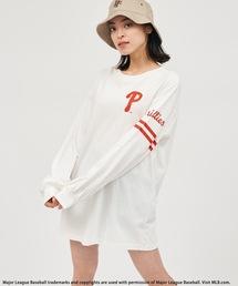 【MLB】スリーブロゴBIGシルエットTシャツオフホワイト