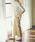 MARIEBELLE JEAN(マリベルジーン)の「MARIEBELLE JEAN ワイドトラウザー サテンストレッチ/33181019(パンツ)」|ベージュ