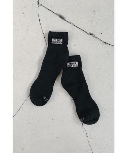 mother(マザー)の「RIKI PHRASE BADGE SOX(ソックス/靴下)」|ブラック