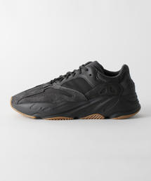 adidas YEEZY BOOST 700 V1 UTILITY BLACK