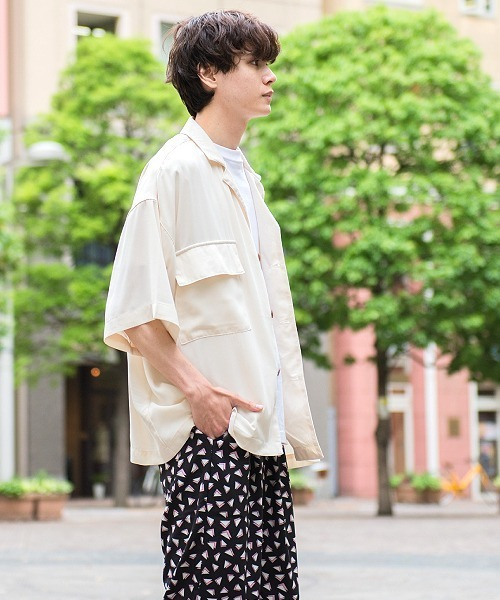 UP START(アップスタート)の「ポリラペルドカラー風ポケットビッグシャツ(シャツ/ブラウス)」|オフホワイト