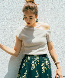 AZUL BY MOUSSY(アズールバイマウジー)のAsymmetry sleeve cut tops(Tシャツ/カットソー)