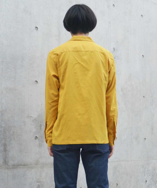 エンブロイダリーシャツ