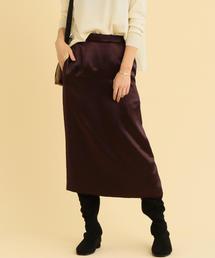 BY サテンタイトスカート